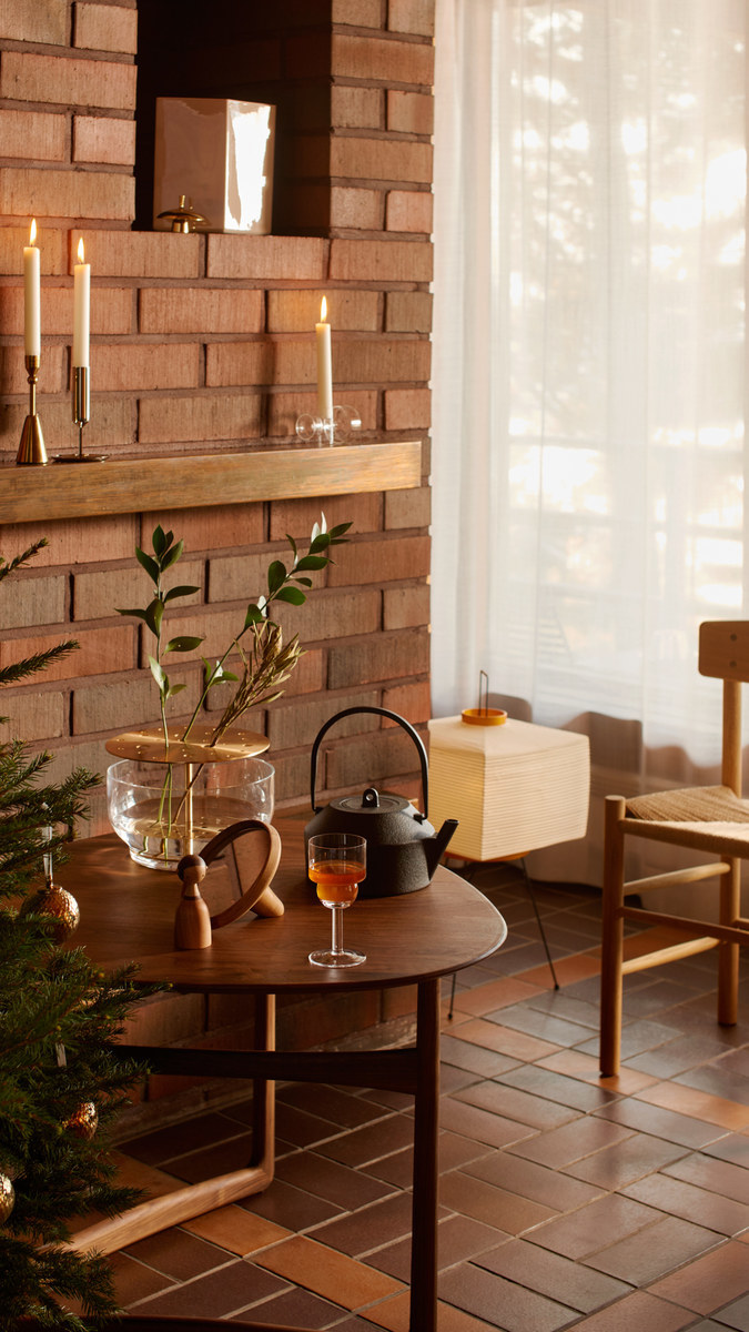 Holidays Holiday2020 Vitra Architectmade By Lassen Form & Refine Fritz Hansen Fredericia Georg Jensen Iittala Iwatemo Karakter Lyngby Porcelain Skultuna Spring Copenhagen Tivoli &Tradition White Nature Clear Multi colour Metal Beige Black Brass Brown Paper Wood Glass Oak Stainless Steel Ceramic Cast iron Walnut