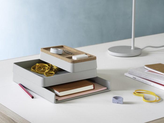 Office Muuto Grey Plastic