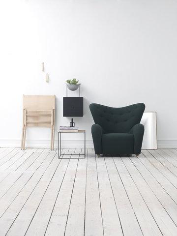 Olohuoneet By Lassen Musta Valkoinen Luonnonväri Kupari Nahka Saarni Metalli Kubus Stropp Frame Twin Saxe