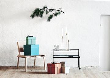 Joulu Kynttilät Hay Nikari Richard Lampert Skultuna Vihreä Punainen Luonnonväri Musta Messinki Saarni Teräs Box Box December
