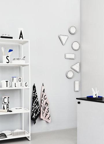 Design Letters Valkoinen Musta Puuvilla Keramiikka Melamiini AJ keittiö