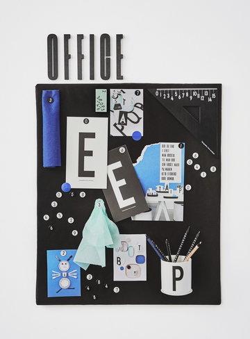 Työpisteet Design Letters Musta Valkoinen Puu Keramiikka AJ puukirjaimet AJ keittiö