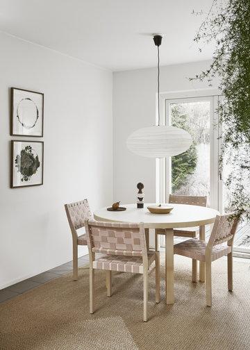 Viherkasvit Ruokailutilat Artek Punainen Valkoinen Koivu Aalto pöydät