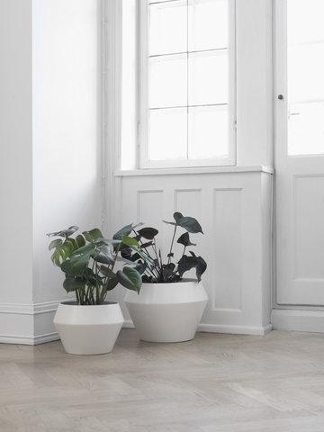 Viherkasvit Sisustusyksityiskohta By Lassen Valkoinen Keramiikka