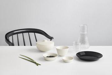 Tablesetting Iittala Black Clear White Ceramic Glass Teema Ultima Thule