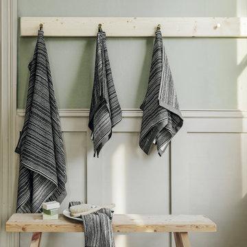 Kylpyhuone Marimekko Musta Puuvilla