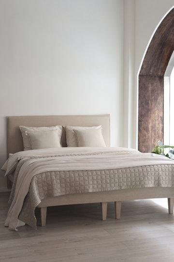 Makuuhuone Matri Beige Villa