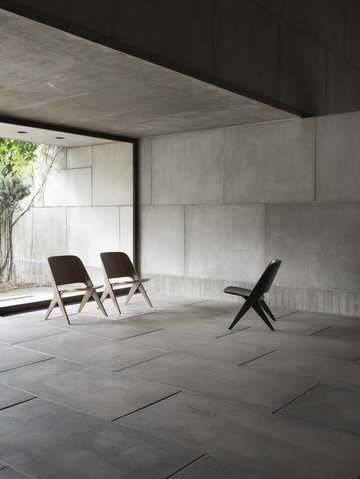 Livingroom Details Poiat Black Nature Oak Walnut