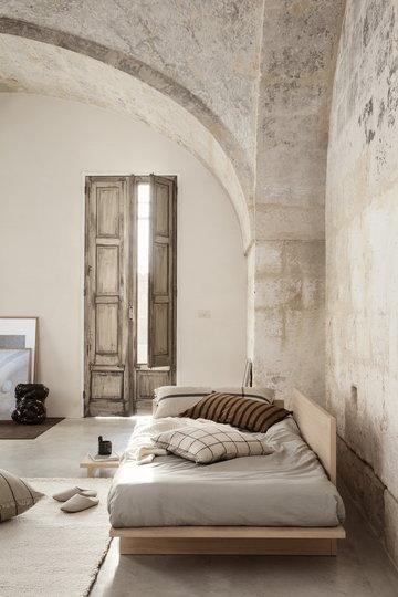 Makuuhuone Ferm Living Ruskea Puuvilla
