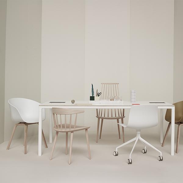 Hay T12 pöytä, valkoinen laminaatti  Finnish Design Shop