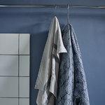 Skagerak Stripes käsipyyhe 50 x 100 cm, kerma / tummansininen