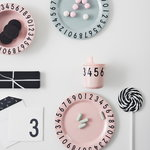 Design Letters The Numbers melamine gift set, pink