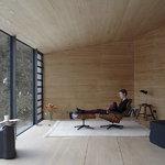 Vitra Eames Lounge Chair, uusi koko, palisanteri - musta nahka