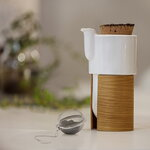 Tonfisk Design Warm teapot 6 dl, oak, cork lid
