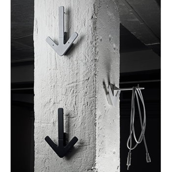 Design House Stockholm Arrow hanger, white