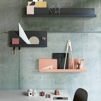Muuto Folded shelf, light terracotta, small