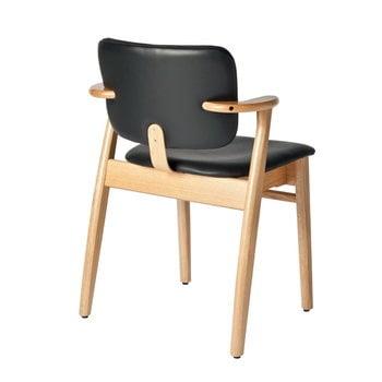 Artek Domus tuoli, lakattu tammi, musta nahkaverhoilu
