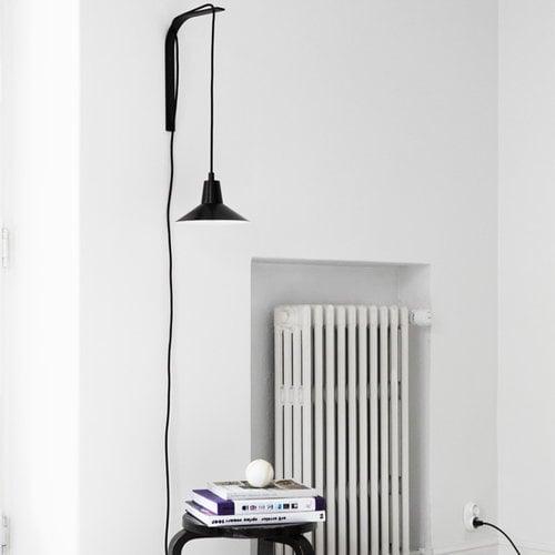 Studio Joanna Laajisto Lampada da parete Edit, nero-nero