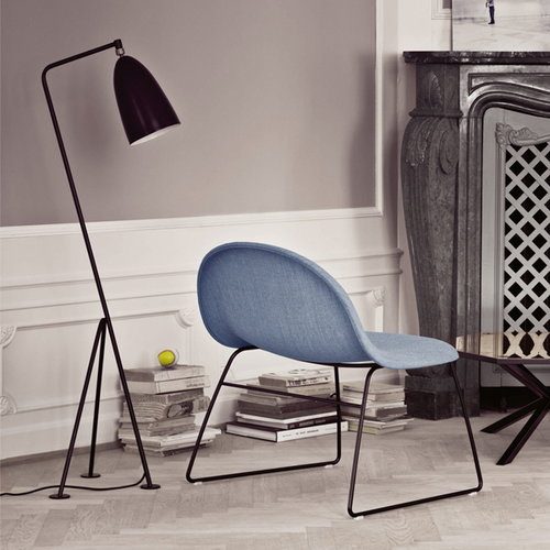 Gubi Gr�shoppa floor lamp, jet black