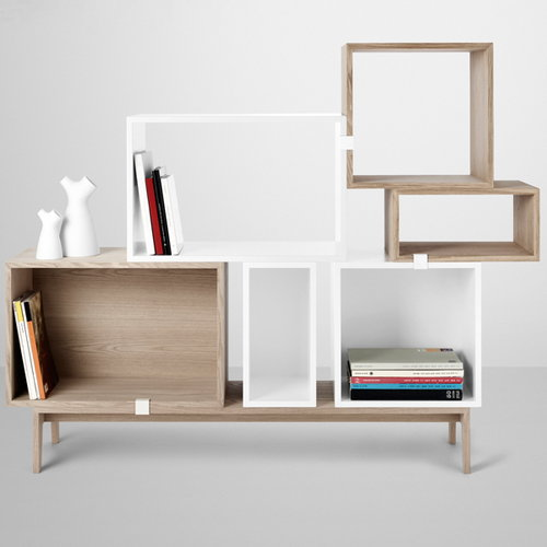 Muuto Stacked shelf module with backboard large, ash