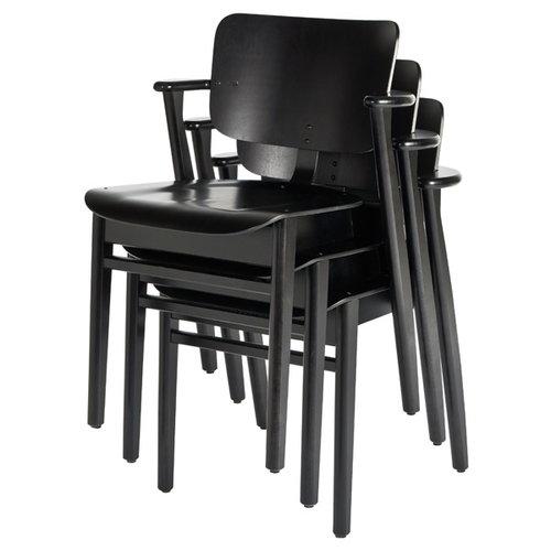 Artek Domus tuoli, petsattu musta