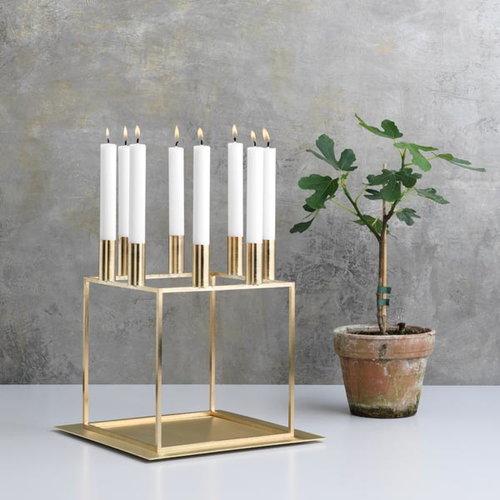 By Lassen Kubus 8 kynttil�njalka, messinki