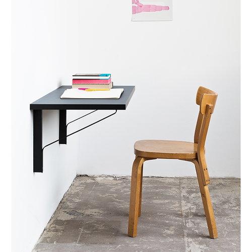 Artek REB 006 Kaari desk, blue / red /black
