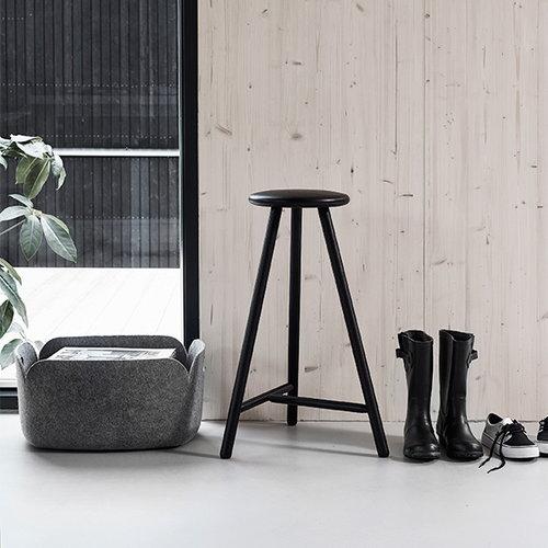 Nikari Perch bar stool 63 cm, black