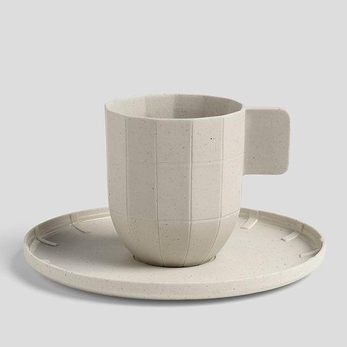 Hay Paper porcelain kahvilautanen, vaaleanharmaa