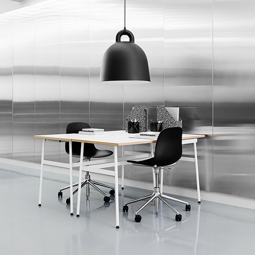 Normann Copenhagen Form Swivel chair, black