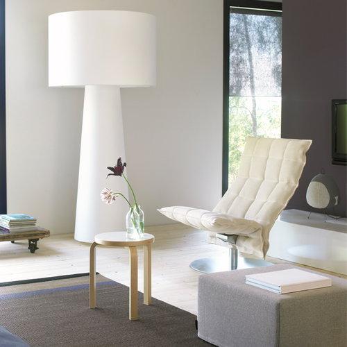 Woodnotes K tuoli, py�riv�, kapea, musta