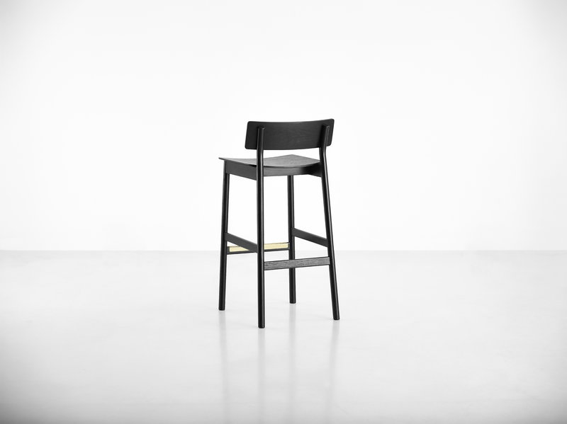 Woud sgabello da bar pause 75 cm nero finnish design shop