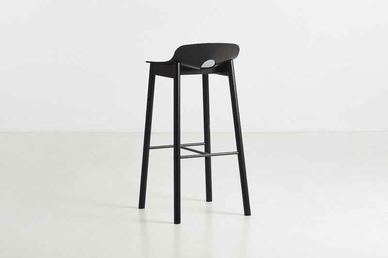 Woud sgabello da bar mono cm nero finnish design shop