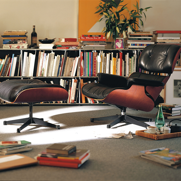 Vitra Eames Lounge Chair, New Size, Palisander   Black Leather