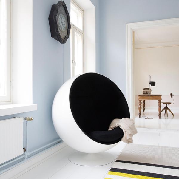 eero aarnio originals ball chair finnish design shop. Black Bedroom Furniture Sets. Home Design Ideas