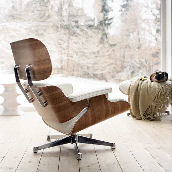 Vitra Lounge Chair, Black Ash   Black Leather
