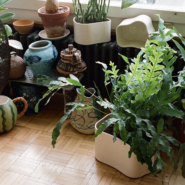 Artek Riihitie Plant Pot A Large White Gloss