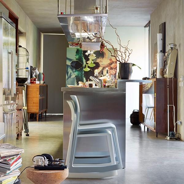 vitra tip ton chair ice grey finnish design shop. Black Bedroom Furniture Sets. Home Design Ideas