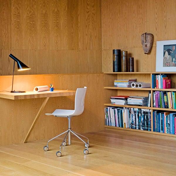 Louis Poulsen AJ table lamp, white | Finnish Design Shop