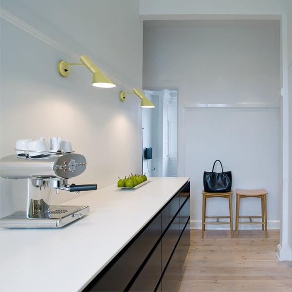 Louis Poulsen Lampada da parete AJ, bianca | Finnish Design Shop