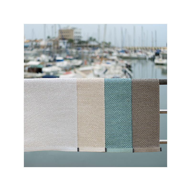 Pappelina svea rug 140 x 220 cm white metallic finnish for Decor 140 rugs