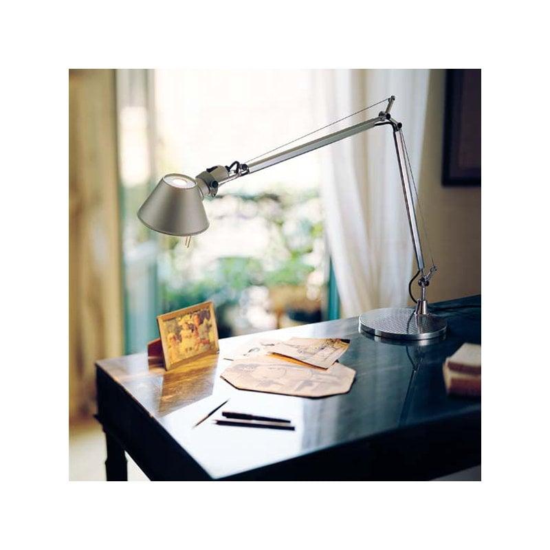 Artemide lampada da tavolo tolomeo alluminio finnish design shop - Lampada da tavolo tolomeo ...