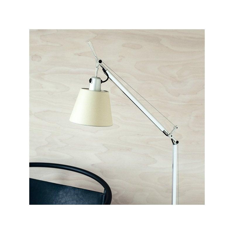 Artemide lampada da terra tolomeo basculante lettura for Lampada da lettura