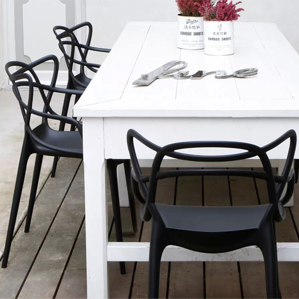 Kartell sedia masters nera finnish design shop for Sedia design kartell