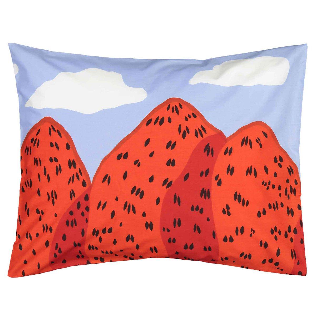 Marimekko Mansikkavuoret Pillowcase 50 X 60 Cm, Blue - Red