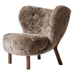 &Tradition Little Petra lounge chair, Sahara sheepskin - walnut