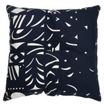 Y�n Varjo pillow