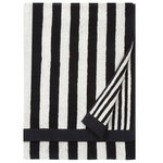 Kaksi Raitaa bath towel, black - white