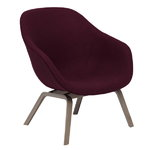 About A Lounge Chair AAL83, lacquered oak - Hallingdal 694