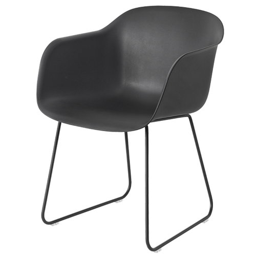 Muuto Fiber tuoli k�sinojilla, kelkkajalka, musta
